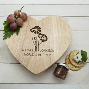 Worlds Best Mum with Daisy Flowers Heart Cheese Board