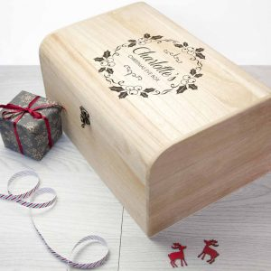 Personalised Christmas Eve Chest With Mistletoe Wreath - Large