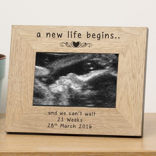 PERSONALISED New Baby Pregnancy Scan Wooden Photo Frame Gift Present Mum Dad